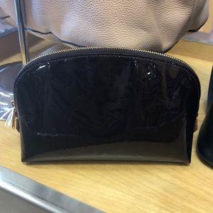 Adorable Vernis makeup bag